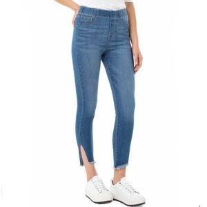 Liverpool Chloe Crop High Waist Pull-On Jeans